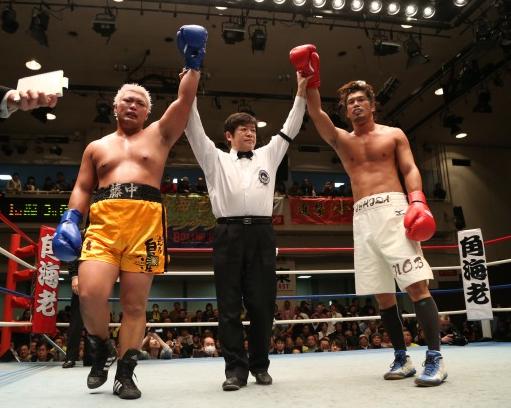 石田がヘビー級王者に挑戦アピール(ボクシングニュース)