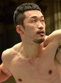 小竹と岡田で日本スーパーライト級王座決定戦