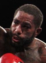 スティーブンスが秒殺KOで再起(ボクシングニュース)