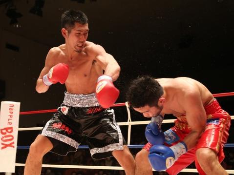 岡田が決定戦制し日本S・ライト級王者に(ボクシングニュース)