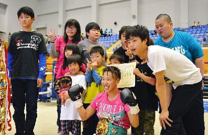 真道ゴーが8回TKOでV2(ボクシングニュース)