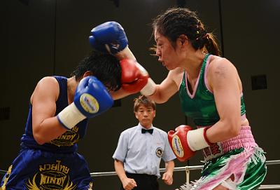 秋田屋まさえ1年4ヶ月ぶりの復活勝利(ボクシングニュース)