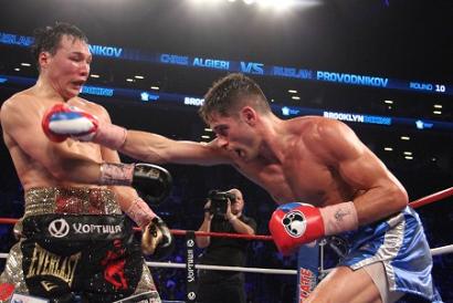 ダウン挽回、アルジェリが番狂わせでプロボドニコフに勝利(ボクシングニュース)