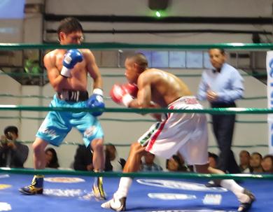 日本メキシコ対抗戦、メインで堀川が勝利(ボクシングニュース)