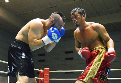 石田がヘビー級8回戦で勝利(ボクシングニュース)