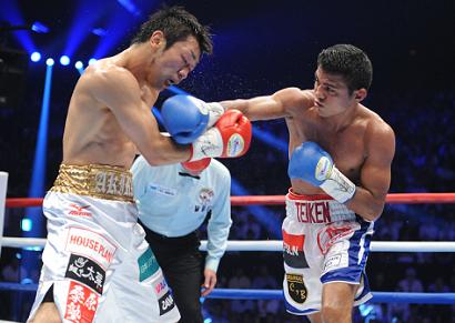 八重樫9回TKO負け、ゴンサレス3階級制覇(ボクシングニュース)