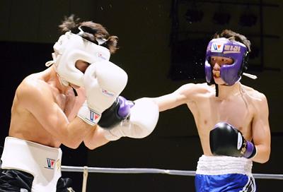 丸田、辰吉ジュニアがプロテスト合格(ボクシングニュース)