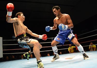 仲村正男がラバオに2回TKO負け(ボクシングニュース)