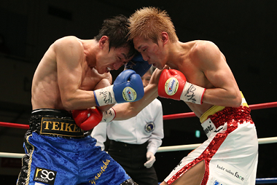 小國が日本スーパーバンタム級タイトル獲得(ボクシングニュース)