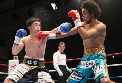 内藤律樹が伊藤雅雪を下してV3。BoxingNews(ボクシングニュース)