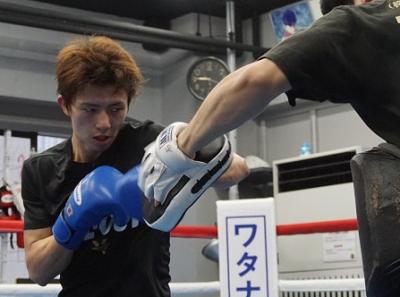田口良一が公開練習(ボクシングニュース)