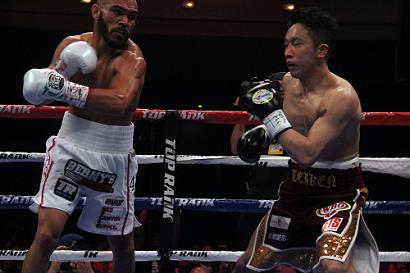 粟生隆寛は2回TKO負け、3階級制...