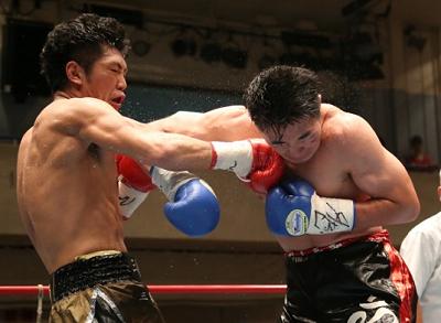 柴田明雄がTKO防衛(ボクシングニュース)